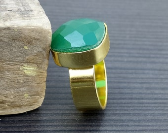 Onyx Gemstone ring | Handcrafted birthday gift ring | Gold plated green ring | Cushion square stone jewelry | Bezel Setting jewelry | R3