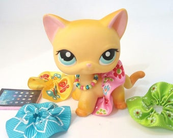 Littlest Pet Shop LPS custom outfit  LPS clothes  accessories lot   LPS skirt lot * Cats not  included *