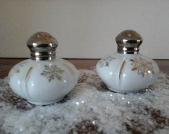 SALT and PEPPER SET - Made in Japan