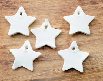 Tiny star gift tags, set of 10 or 25, star-shaped gift tags, mini gift tags, clay stars, mini stars, white stars, tiny gift tags, white tags