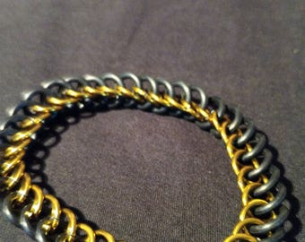 Yellow and Black Stretchy Chainmaille Bracelet