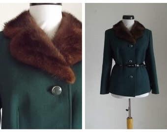 15% Spring Sale Vintage1940/1950s green wool jacket/ real mink collar /