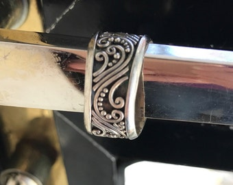 Unique sterling ring, size 7 1/2, #264