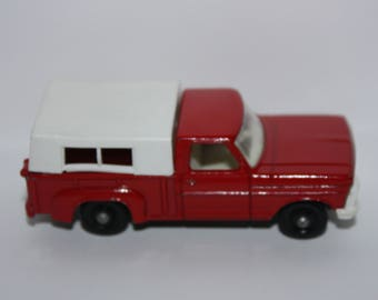 Vintage 1968 Matchbox No. 6 Ford Pickup Truck White Grill 1:64 Lesney England