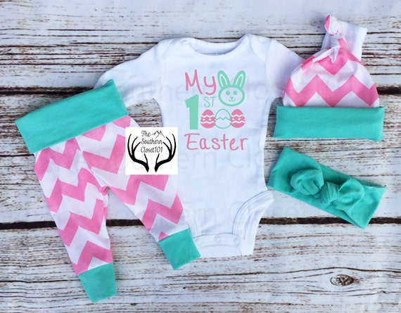 Baby Girl Coming home Outfit, My 1st Easter, Newborn, Light Pink Chevron,Easter Outfits,Easter,My First Easter,Eggs, Chevron,Baby Girl
