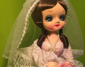 Bradley Doll 1977 Brunette Bride Vintage World of Dolls