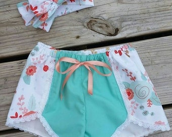 Floral coral shorts