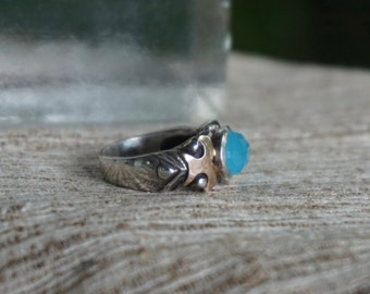 Ocean Blue Quartz Ring in Silver and rose gold setting