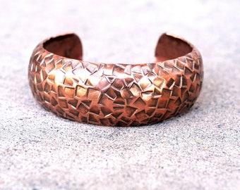 vintage hammered copper cuff / hammere vintage copper bracelet cuff