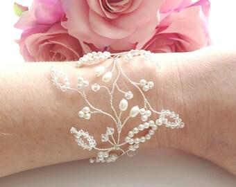Bridal Cuff, Wedding Cuff, Bridal Bracelet, Wedding Bracelet, Wedding Jewelry, Bridal Jewelry, Crystal Bracelet, Pearl Bracelet, Swarovski