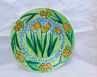 Crazy daffodil plate, Handpainted in bright colours