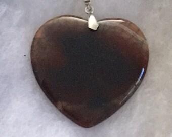 Heart Shaped Dragon Vein Pendant