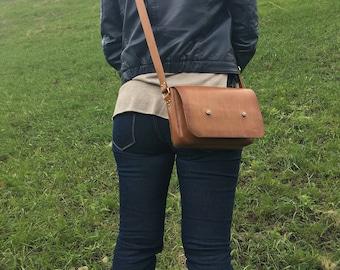 Leather Crossbody Bag, Leather messenger bag, Genuine Leather bag, Vintage Courier bag, Leather satchel women, Messenger bag, Gift for her