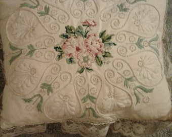 Handmade vintage embroidered pillow. Vintage hand emroidery. Embroidered pillow.