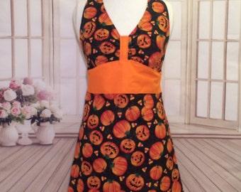 Women's apron, Halloween apron, pumpkin apron, Fall apron, cute apron, flirty apron, kitchen apron, Autumn apron, AmorysAprons