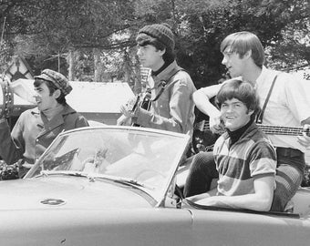 The Monkees Peter Tork, Micky Dolenz, Davy Jones, Michael Nesmith, Glossy Black & White Photo Music Print Picture