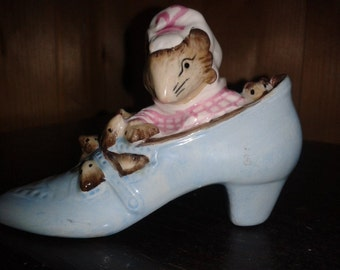 The Old woman that lived in the shoe - Beatrix Potter - Royal Albert - Boxed