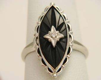 Vintage 10K White Gold Black Onyx & Diamond Ring Size 6