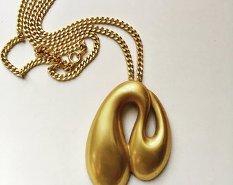 Vintage signed Laura Biagiotti gold tone pendant necklace era 1980s