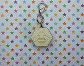 Bee progress keeper - knitting notions - charm