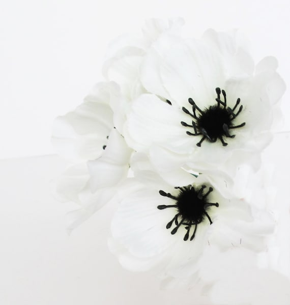 Anemones 35 artificial poppy anemone silk flowers white black center anemones 35 artificial poppy anemone silk flowers white black center 24 floral hair accessories flower supplies faux fabric from royalflowersstudio on mightylinksfo