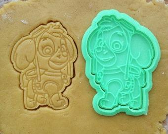Skye cookie cutter. Paw Patrol cookies. Paw Patrol birthday decorations