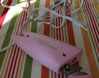 Vintage Electric Scissors Dural 2 Speed Pink Electric Scissors