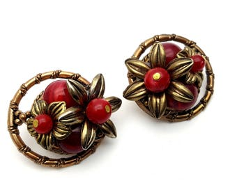 Clip On Black Red and Gold Tone Plastic Marigold Flower Cluster Round Stud Earrings Vintage 80s Fashion Lightweight Statement Runway