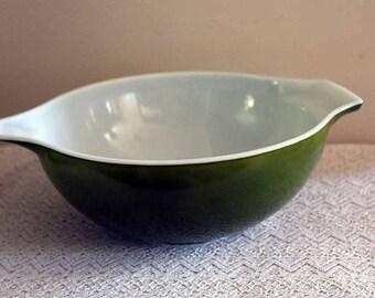 Pyrex 444, Green Verde Cinderella Mixing Bowl, Mixing Bowl, Large Mixing Bowl, Green Mixing Bowl