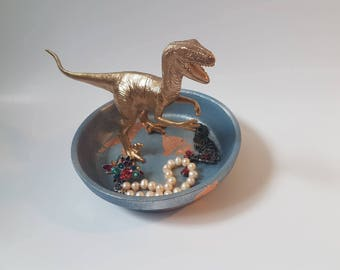 Dinosaur raptor ring dish