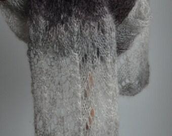 Horseshoe Lace Scarf