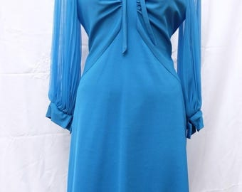 Blue polyester dress with pleated long chiffon sleeves