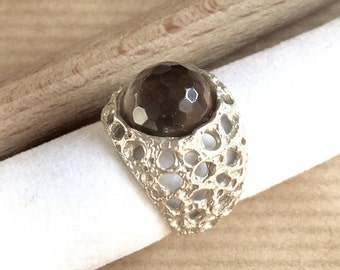 slver ring with faceted smoky quartz