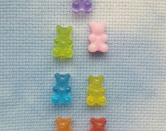 Gummy bear needle minder