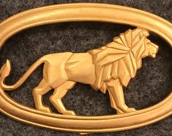 JJ signed gold plated lion brooch