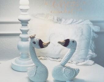 Swan Crochet Baby Rattle - Baby Swan Rattle - Toddler Crochet Toy - Baby Shower Gift - Crochet Gift for Baby - Crochet Baby Toys - Swan
