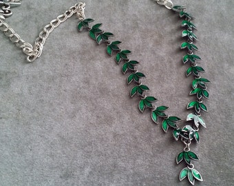 Long Green Enameled Leaves Necklace  (LN14-i047)