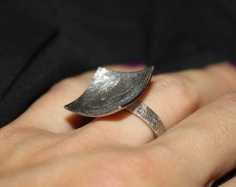 Lady's ring in silver!