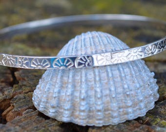 Sterling Silver Bangle With Scallop Shell Detail