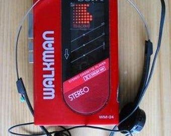 Vintage Retro  Walkman Personal Stereo / Radio/ Cassette Player Black Vintage