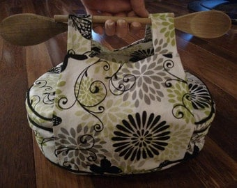 Insulated Oval Casserole Carrier