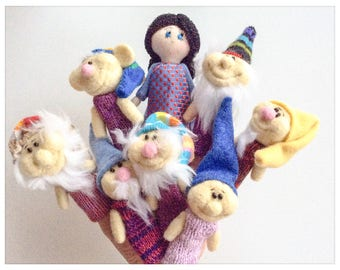 Finger puppets Snow White and the Seven Dwarfs/puppets wool has fingers in felted wool snow white and the seven dwarfs