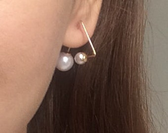 Geometric Triangle Pearl Gold Earrings, Two-size Pearl Earrings