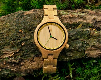 Robin Wood,  bamboo wood wrist watch for her, minimalist design, japanese movement,  mineral glass, 100% vegan. Be eco, plant a tree!