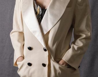 Vintage 80s White Oversied Blazer