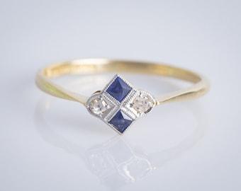 Antique Art Deco 18ct  Platinum Sapphire and Diamond Ring 1920's