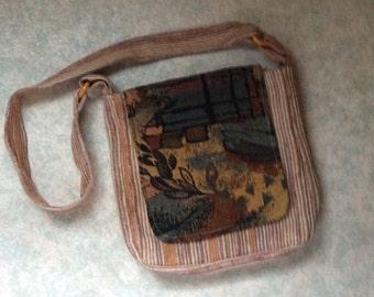 Light fabric purse messenger type = Brown
