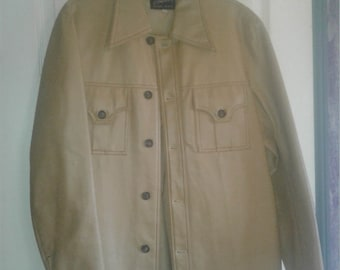 Vintage jacket size M~ Ships FAST and FREE!