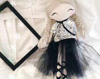 Handmade doll / rag doll / fabric doll / baby goods