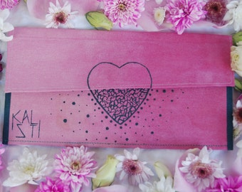 Handpainted heart clutch